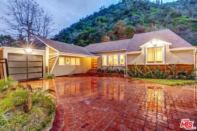 1537 Benedict Canyon Dr, Beverly Hills, CA 90210