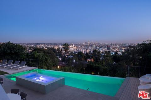 7044 Los Tilos Rd, Los Angeles, CA 90068