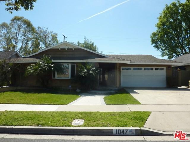 1047 Cheyenne St, Costa Mesa, CA 92626