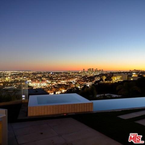 8515 Hedges Way, Los Angeles, CA 90069