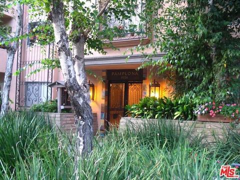 6760 Hillpark Dr #407, Los Angeles, CA 90068