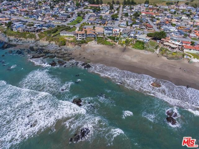 374 Pacific Ave, Cayucos, CA 93430