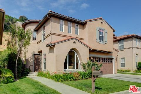 2761 Stone View Ct, Los Angeles, CA 90068