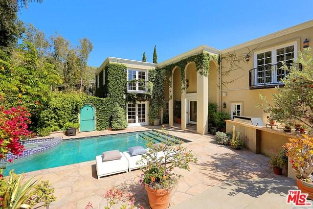 2641 Nichols Canyon Rd, Los Angeles, CA 90046