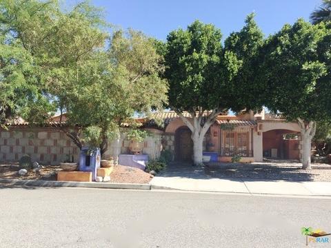 1515 E Chia Rd, Palm Springs, CA 92262