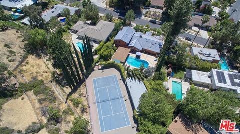 4780 Poe Ave, Woodland Hills, CA 91364