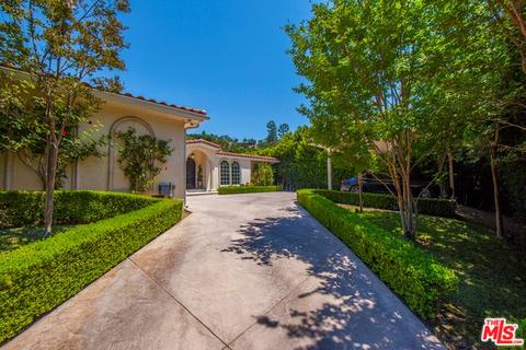 1860 Coldwater Canyon Dr, Beverly Hills, CA 90210