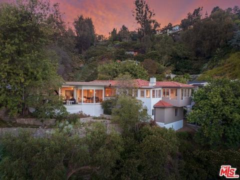 6996 La Presa Dr, Los Angeles, CA 90068