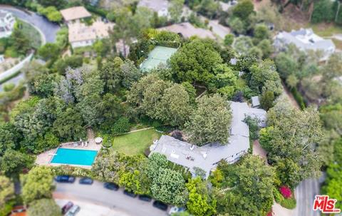 2401 Mandeville Canyon Rd, Los Angeles, CA 90049