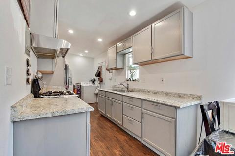 114 S Thorson Ave, Compton, CA 90221