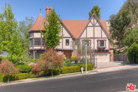 3944 Alonzo Ave, Encino, CA 91316