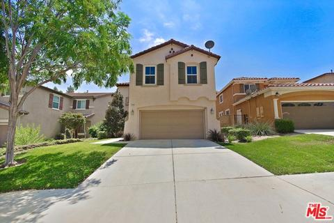 19944 Christopher Ln, Saugus, CA 91350