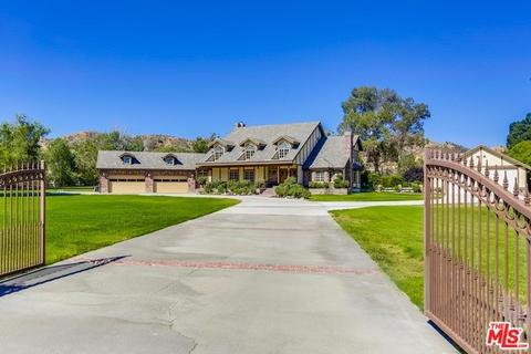 27311 Triumph Ave, Canyon Country, CA 91387