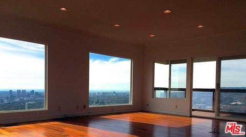 1601 Blue Jay Way, Los Angeles, CA 90069
