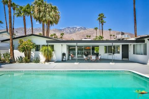 1470 S Calle Marcus, Palm Springs, CA 92264