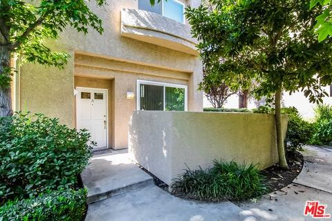 25703 Holiday Cir #A, Stevenson Ranch, CA 91381