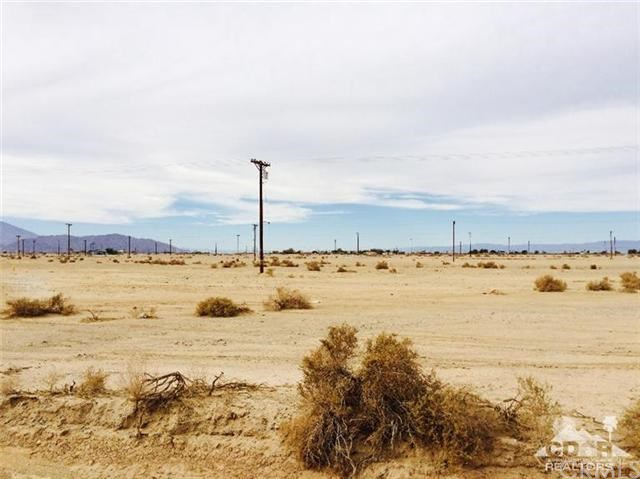 1014 Peru Avenue, Salton Sea, CA 92274