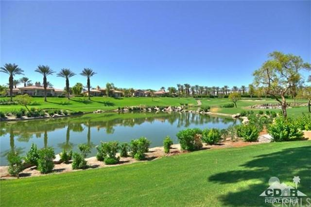 531 Falcon View Cir, Palm Desert, CA 92211