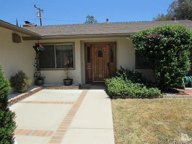 30 Almond Ave, Oak View, CA 93022