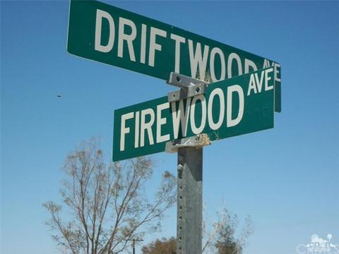 1316 Driftwood Ave, Thermal, CA 92274