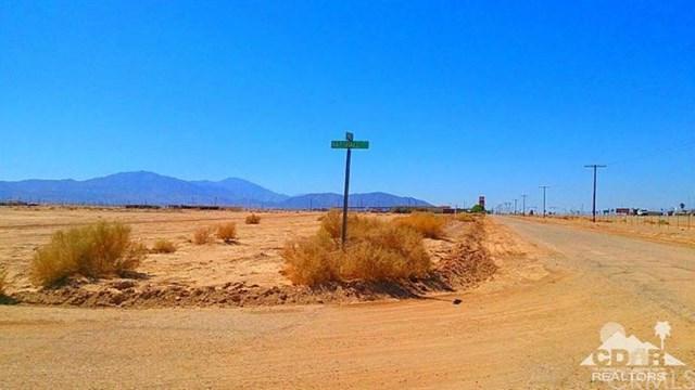 2007 Service Road, Thermal, CA 92274
