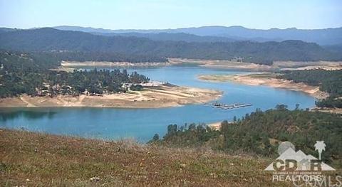 1175 Lake Shore Ln, Lake Nacimiento, CA 92346