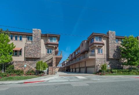 5241 Colodny Dr #303, Agoura Hills, CA 91301