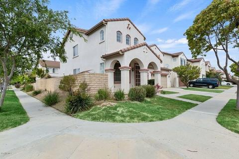 905 Paseo Ortega, Oxnard, CA 93030 | 23 Photos | MLS #219004585 - Movoto