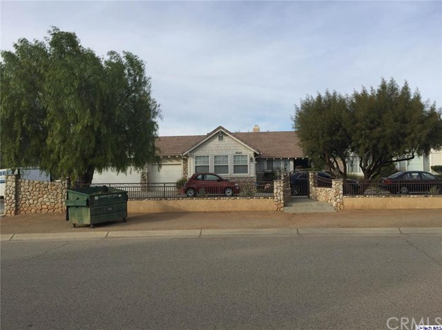 9825 Sweetwater Dr, Agua Dulce, CA 91390