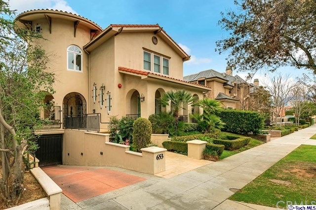 653 S Lake Ave #APT 3, Pasadena, CA