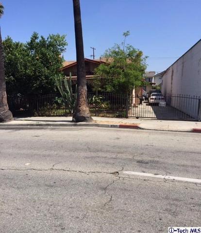 2761 Randolph St, Huntington Park, CA 90255