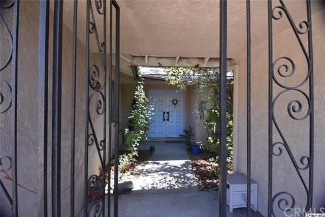 11432 Alberni Avenue, Sylmar, CA 91342