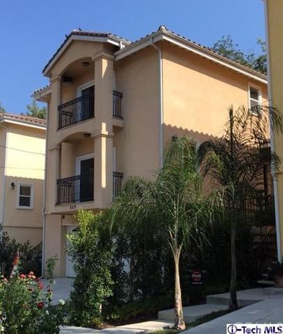 909 Montecito Dr, Los Angeles, CA 90031