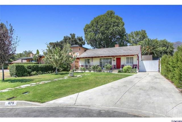 675 W Calaveras St, Altadena, CA 91001