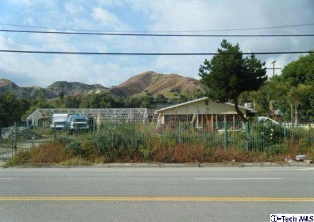 10147 Foothill Blvd, Sylmar, CA 91342