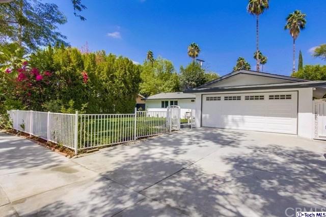 20859 Burbank Boulevard, Woodland Hills, CA 91367