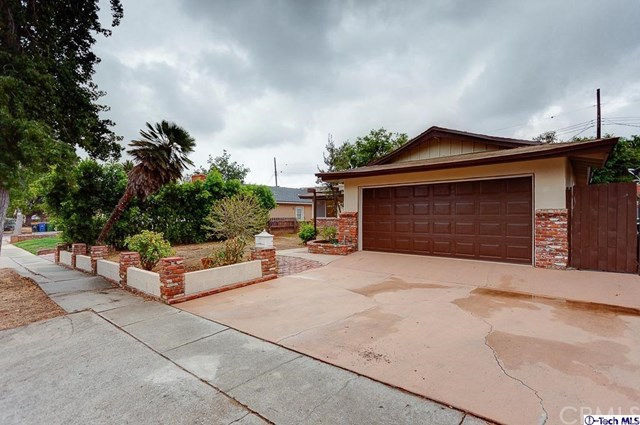 13421 Cranston Avenue, Sylmar, CA 91342