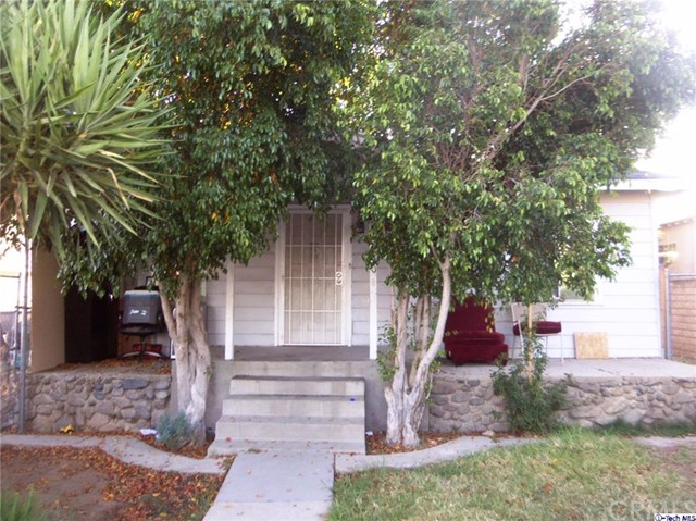 10430 Quill St, Sunland, CA 91040