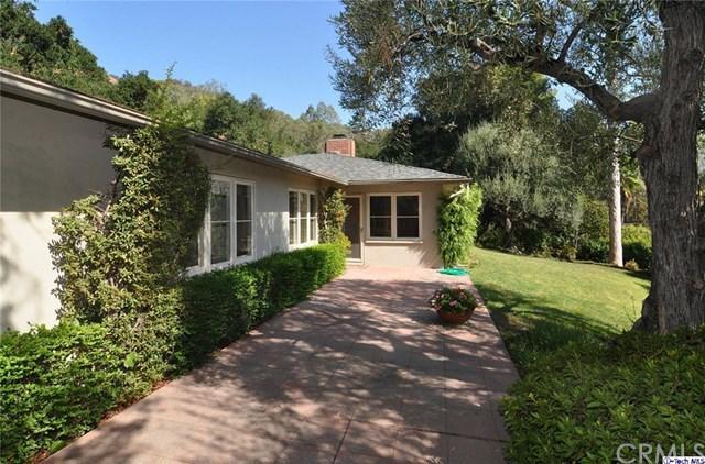 1551 Scenic Dr, Pasadena, CA 91103