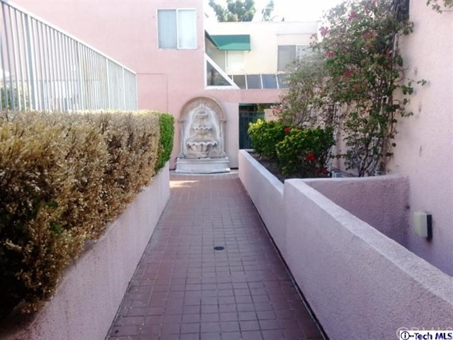 400 Monterey Road #6, Glendale, CA 91206