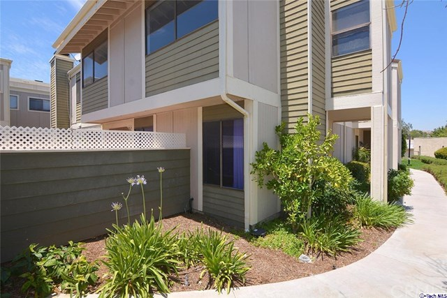 27123 Crossglade Ave #2, Canyon Country, CA 91351