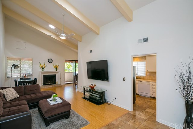 4542 Coldwater Canyon Ave #APT 10, Studio City, CA