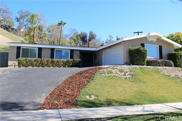 20703 Collins St, Woodland Hills, CA