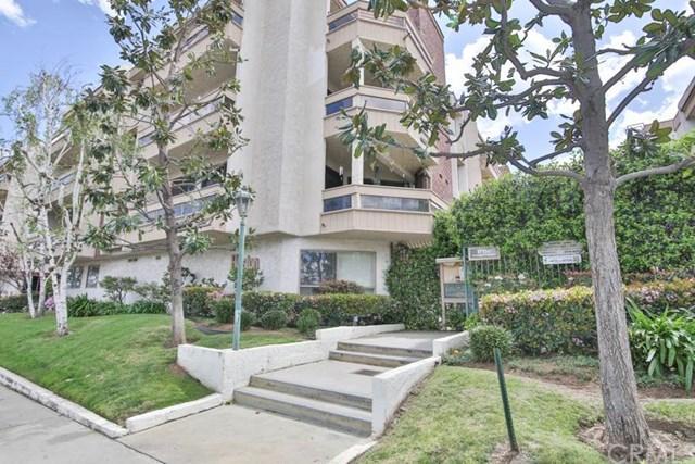 17150 Burbank Blvd #24, Encino, CA 91316