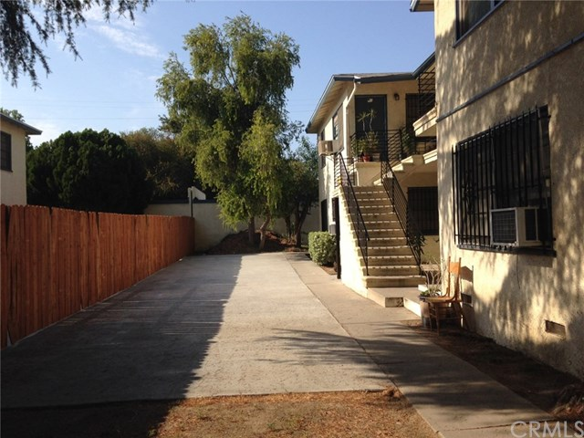18127 Roscoe Boulevard, Northridge, CA 91325