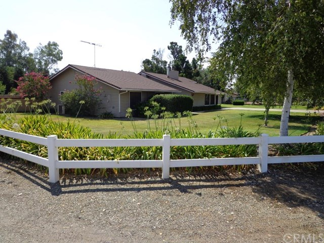1098 N Humboldt Avenue, Willows, CA 95988
