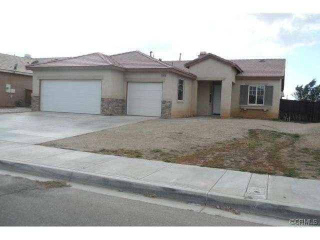 14560 Oakdale Cir, Adelanto, CA