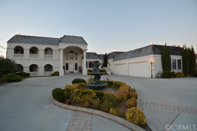 19814 Tomahawk Rd, Apple Valley, CA
