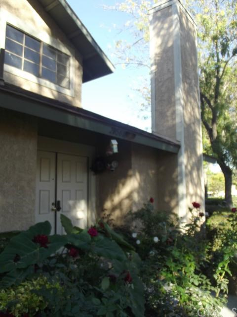 2850 Oak Creek Dr #APT d, Ontario, CA