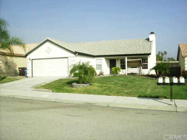 7459 Nye Dr, Highland, CA